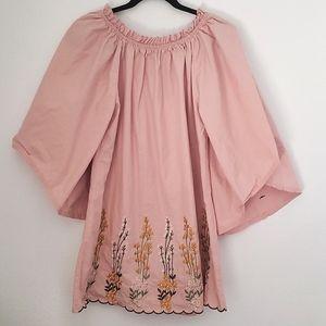 VELZERA Pink dress w/embroidered flowers